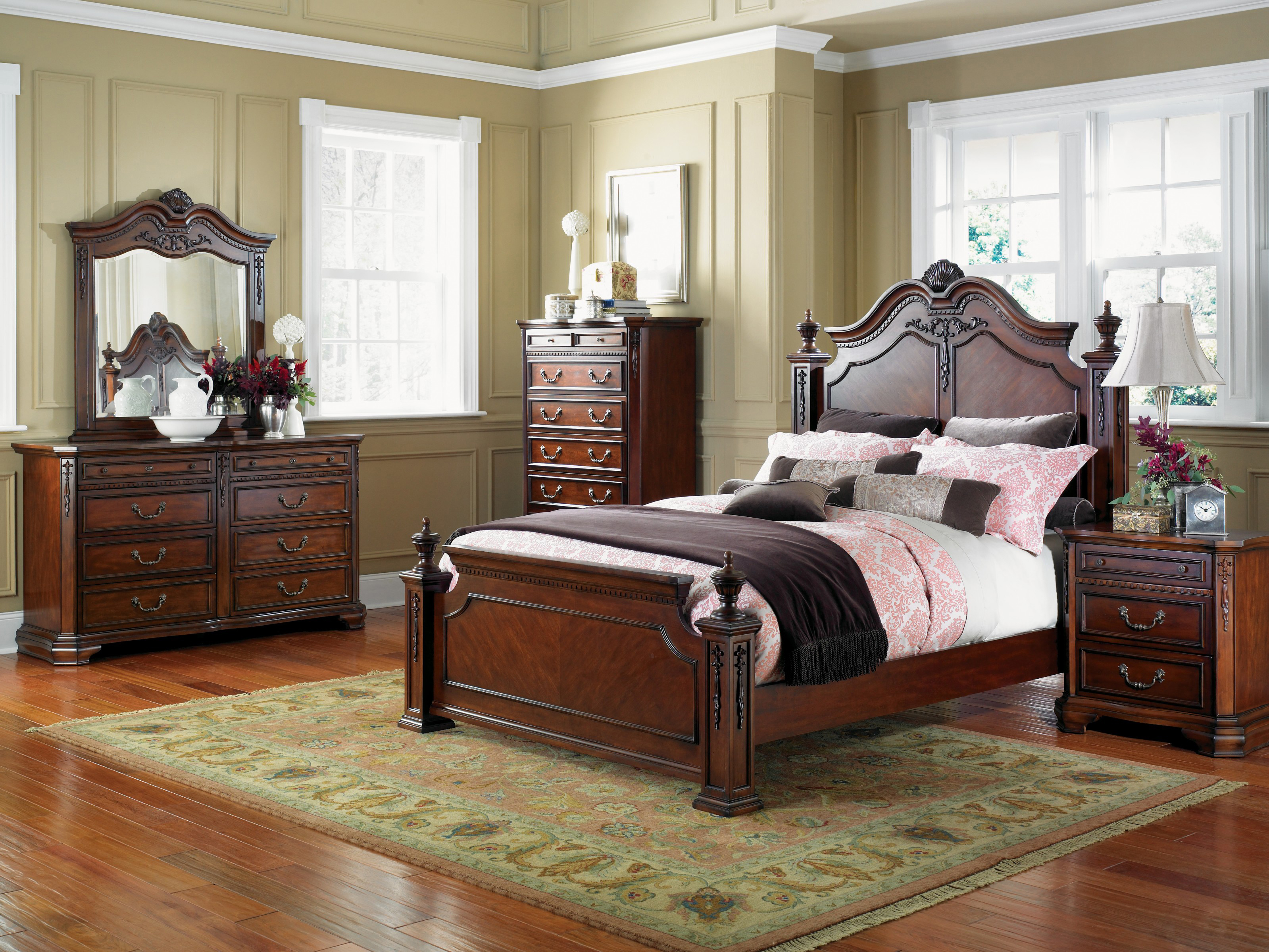 Bedroom furniture for Bedroom set with bed